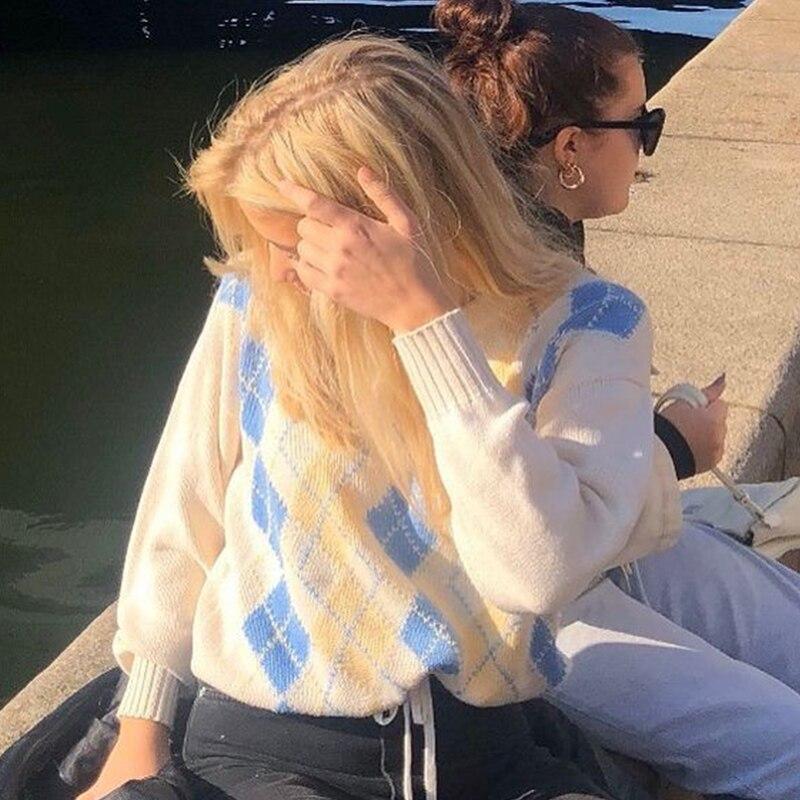 loose plaid argyle sweater